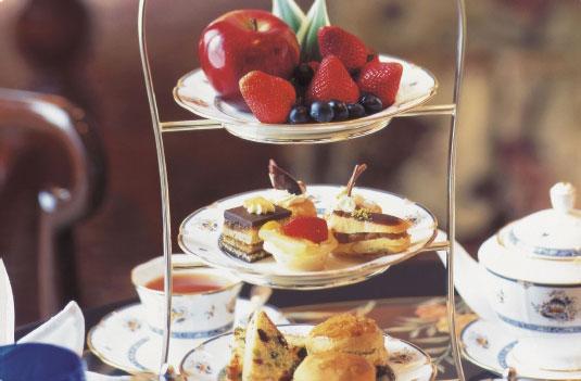ザ・リッツカールトン(デラックス)に泊まる クアラルンプール 4泊6日 朝食・送迎付き・カード決済OK 夏休み・シルバーウィークのご予約はお早めに♪