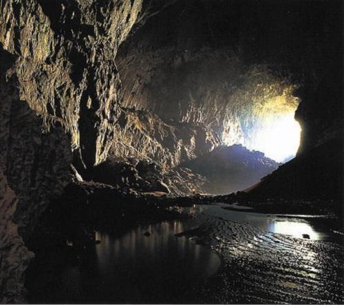 ◆◇ひとり旅◇◆【成田発着】世界遺産ムル国立公園とバコ国立公園 6日間
