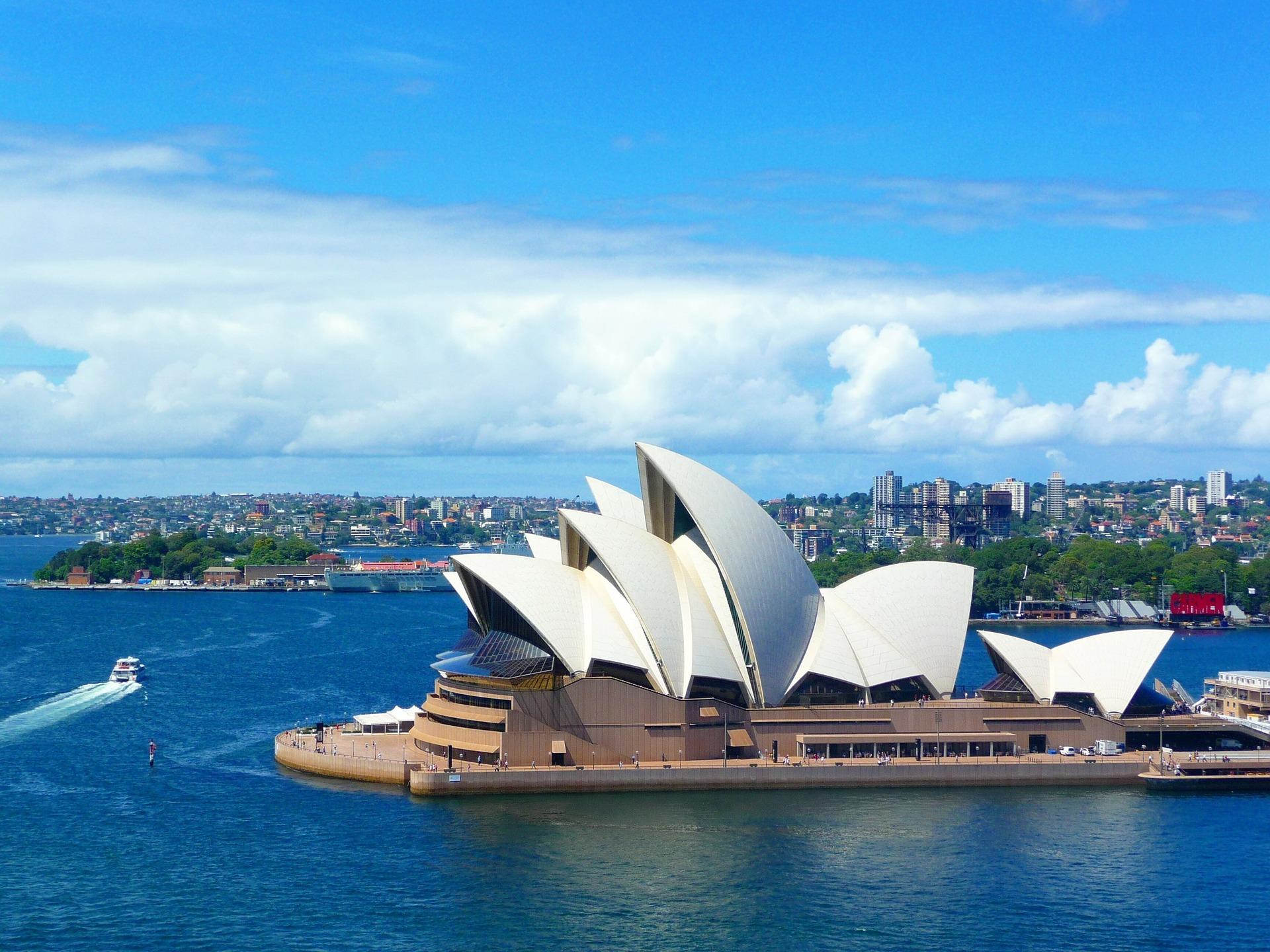 ★シンガポール航空で世界三大美港といわれるシドニーへ★<br />スーペリアグレードホテルに泊まる 3泊6日間 カード決済OK